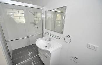 Balmain 4 Mont Furnished Apartment - St Kilda Accommodation