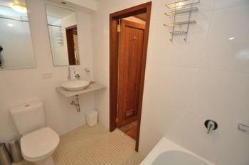 Camperdown 21 Brigs Furnished Apartment - St Kilda Accommodation