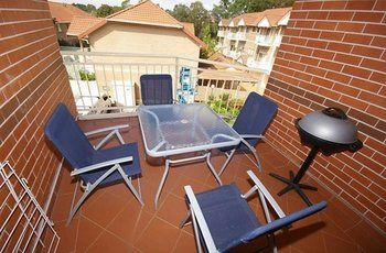 North Ryde 37 Cull Furnished Apartment - St Kilda Accommodation
