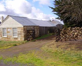 Lakeview Cottage - St Kilda Accommodation