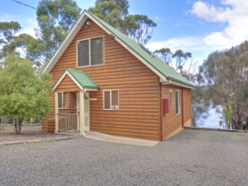 Orford Riverside Cottage - St Kilda Accommodation