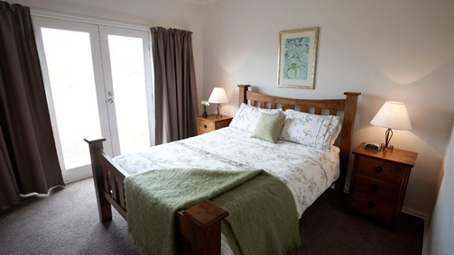Strath Valley View Bed and Breakfast - St Kilda Accommodation