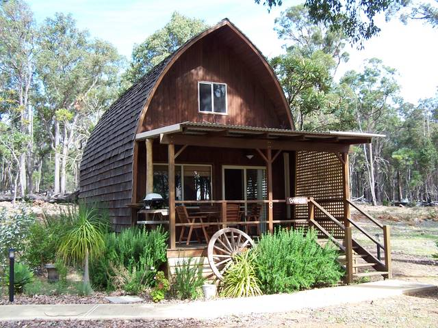 Jarrah Glen Cabins - St Kilda Accommodation