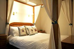 Lazy River Boutique Bed and Breakfast - St Kilda Accommodation