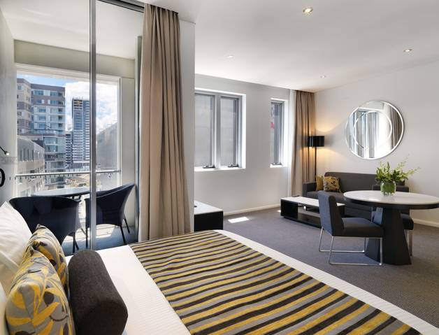 Meriton Serviced Apartments - Zetland - St Kilda Accommodation