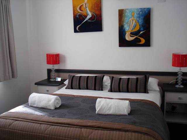 Oakey Motor Inn - St Kilda Accommodation