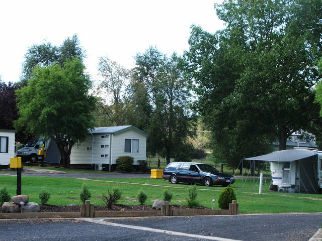Poplar Caravan Park - St Kilda Accommodation