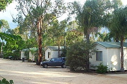 Yallakool Caravan Park on Bjelke-Petersen Dam