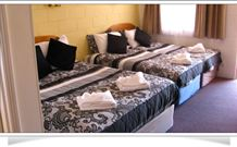 Central Motel Glen Innes - Glen Innes - St Kilda Accommodation
