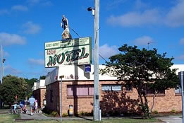 Jackie Howe Motel - St Kilda Accommodation