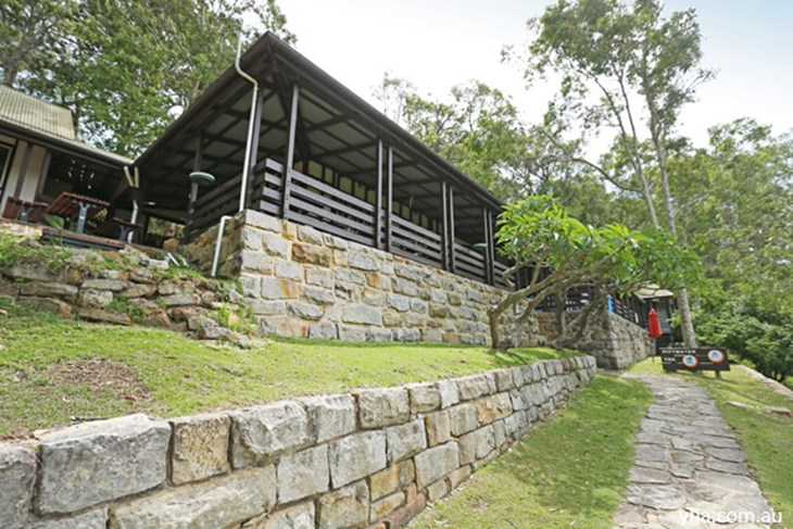 Sydney - Pittwater YHA - St Kilda Accommodation
