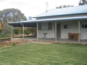 Gilgens Country River Retreat - St Kilda Accommodation