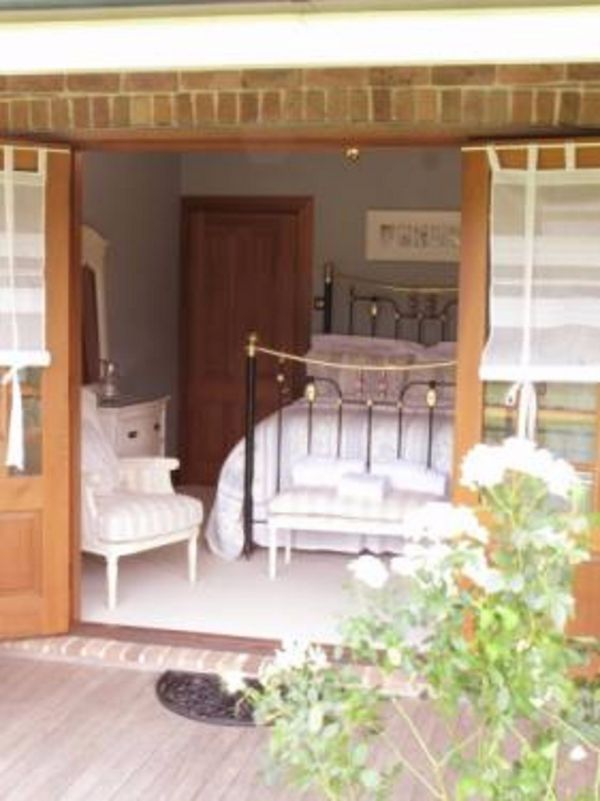 Appin Homestay Bed and Breakfast - St Kilda Accommodation