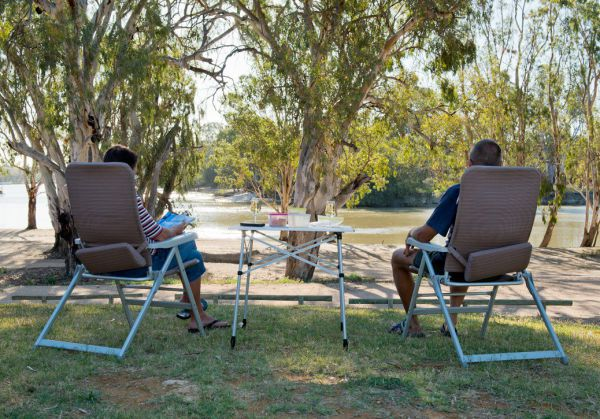 Loxton Riverfront Holiday Park - St Kilda Accommodation