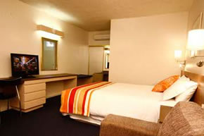 Swan Hill Resort - St Kilda Accommodation