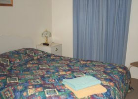 Carn Court Holiday Apartments - St Kilda Accommodation