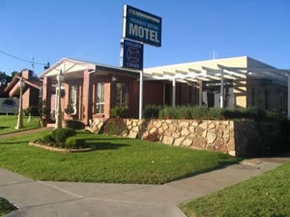 Golden Chain Murray River Motel - St Kilda Accommodation