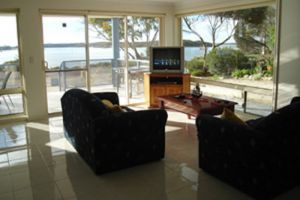 Ambience Apartments Coffin Bay - St Kilda Accommodation