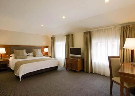 Clarion Hotel City Park Grand - St Kilda Accommodation