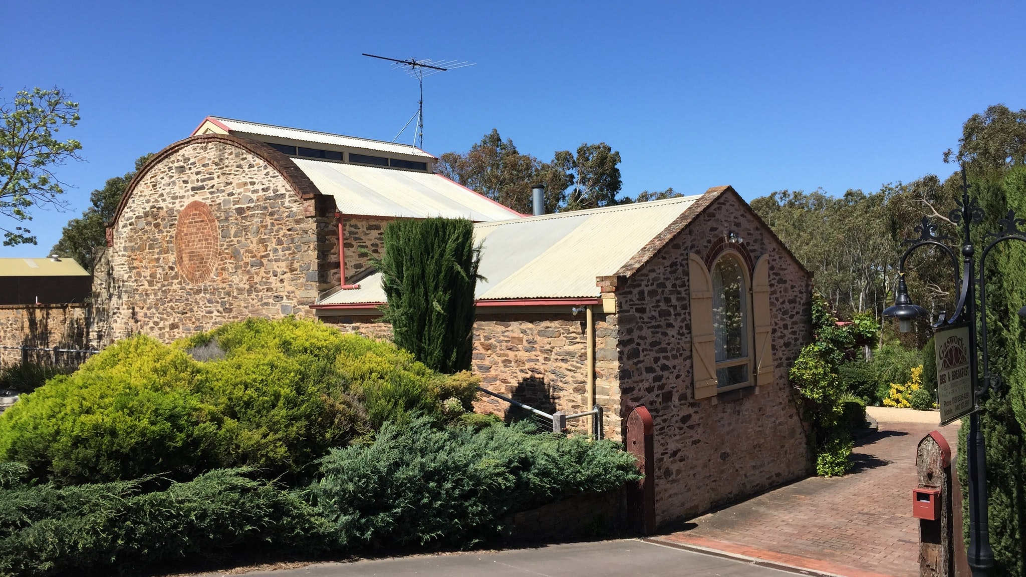 Gasworks Cottages Strathalbyn - St Kilda Accommodation