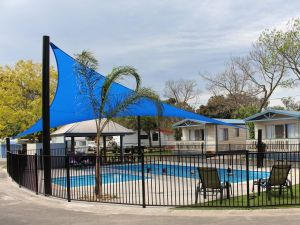 Barwon River Holiday Park - St Kilda Accommodation