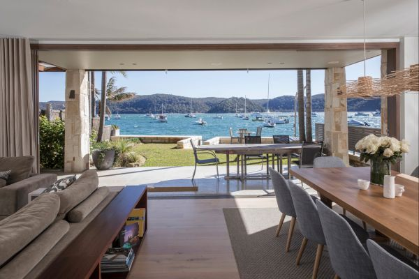 Pittwater Beach House - St Kilda Accommodation