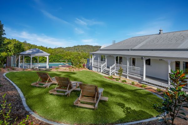 The Farmhouse Eumundi - St Kilda Accommodation