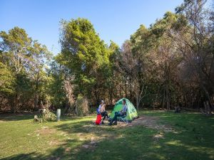 Hobart Beach campground - St Kilda Accommodation