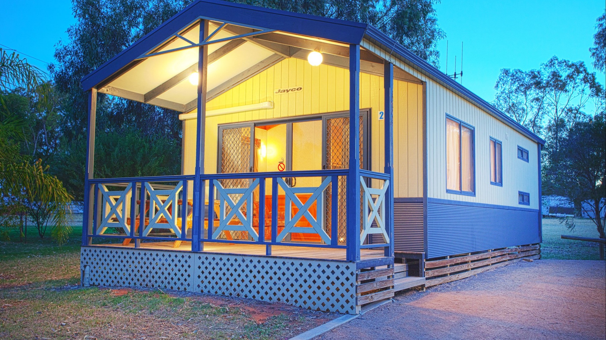 Discovery Parks - Lake Bonney - St Kilda Accommodation