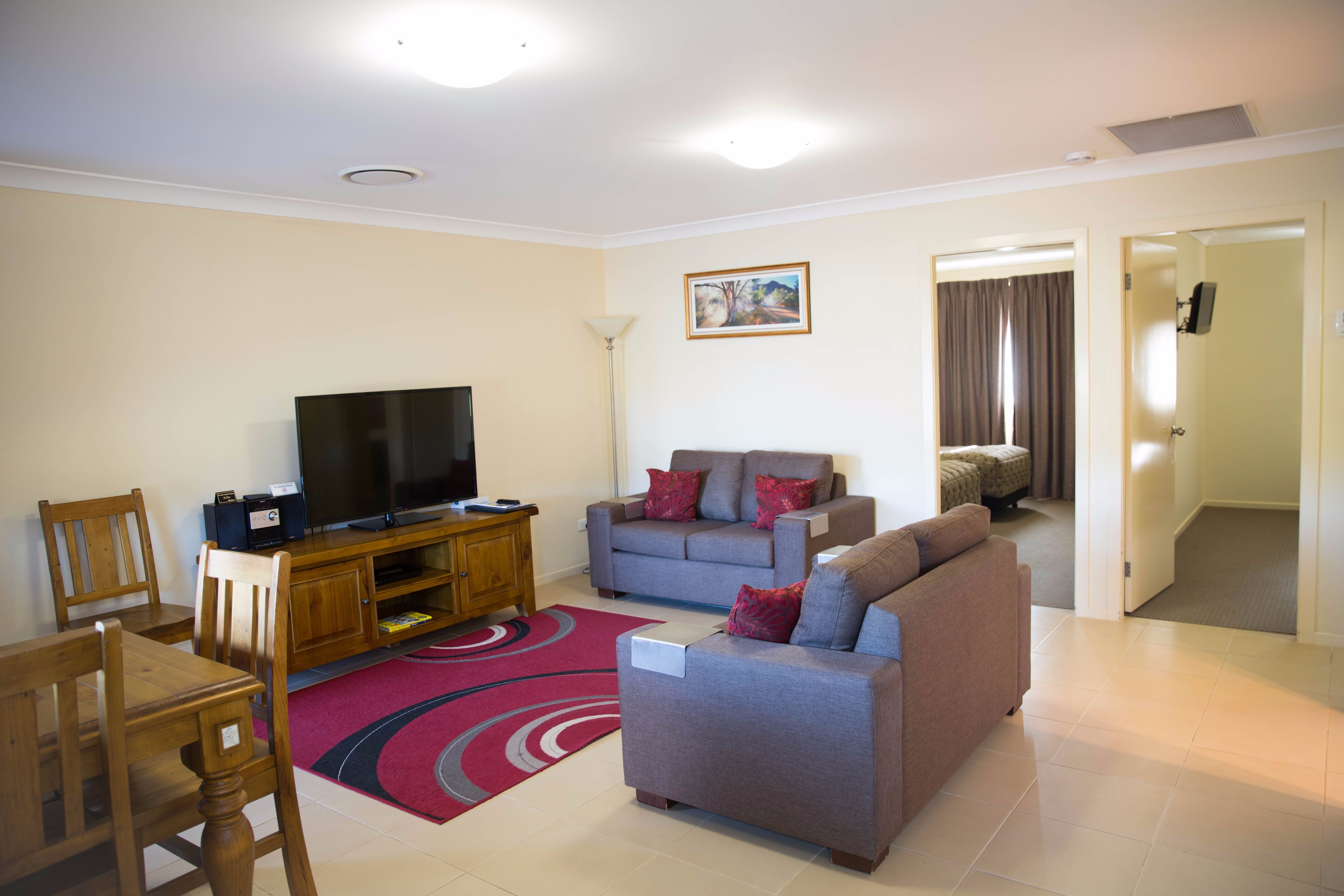 Scone Motor Inn and Apartments - St Kilda Accommodation