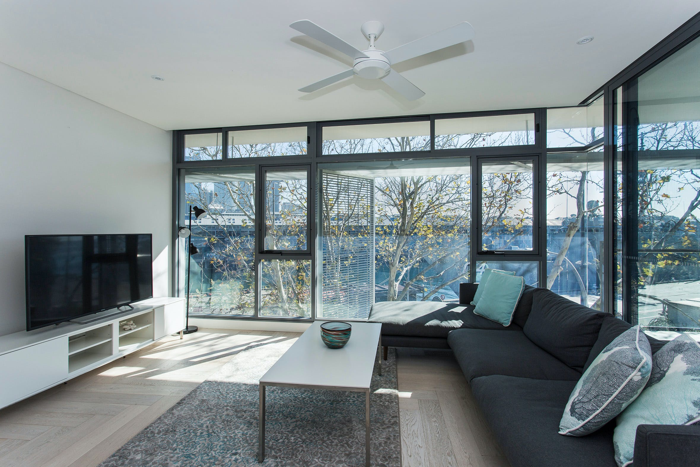 Contemporary Residence in Woolloomooloo - St Kilda Accommodation