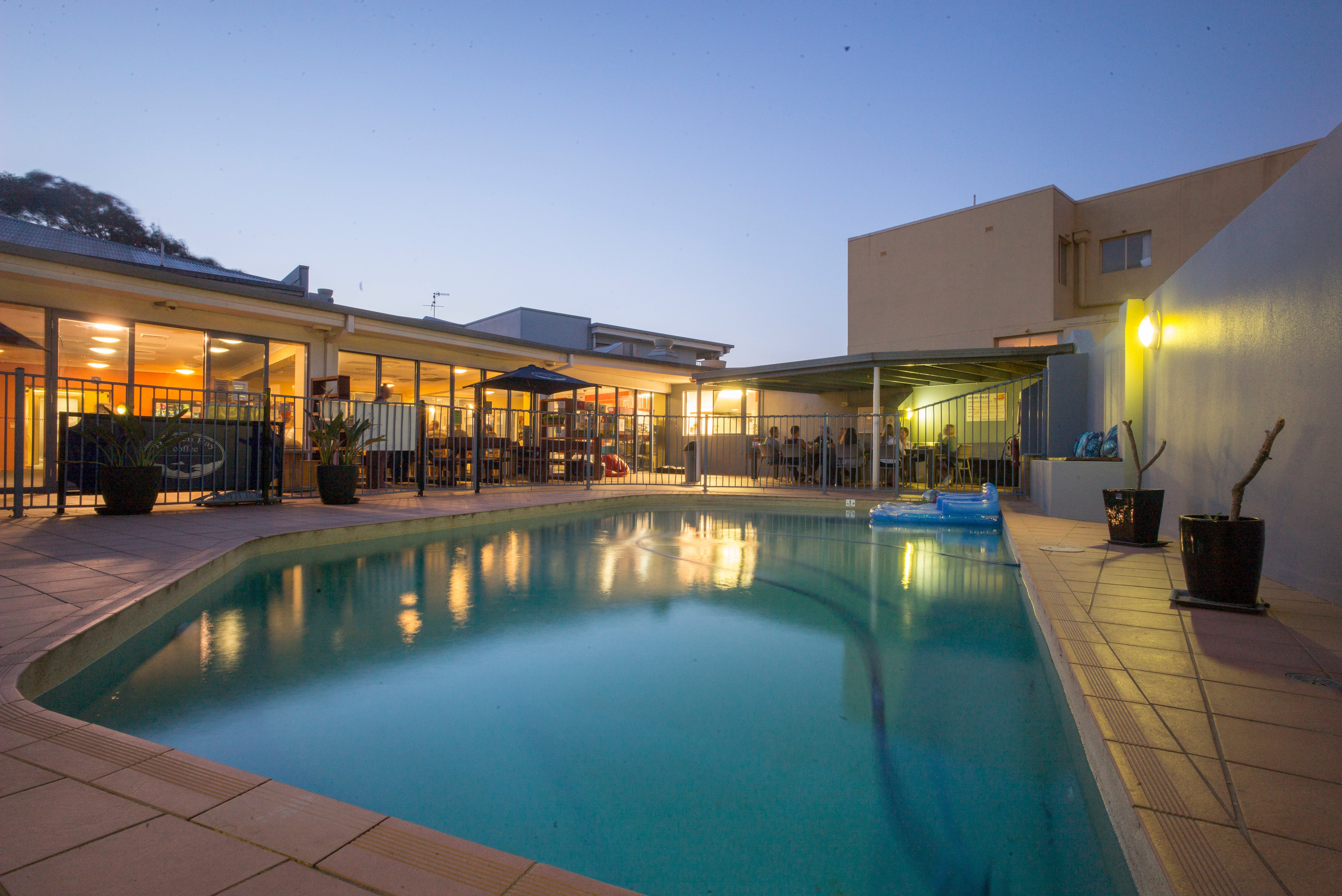 Sydney Beachouse YHA - Collaroy - St Kilda Accommodation