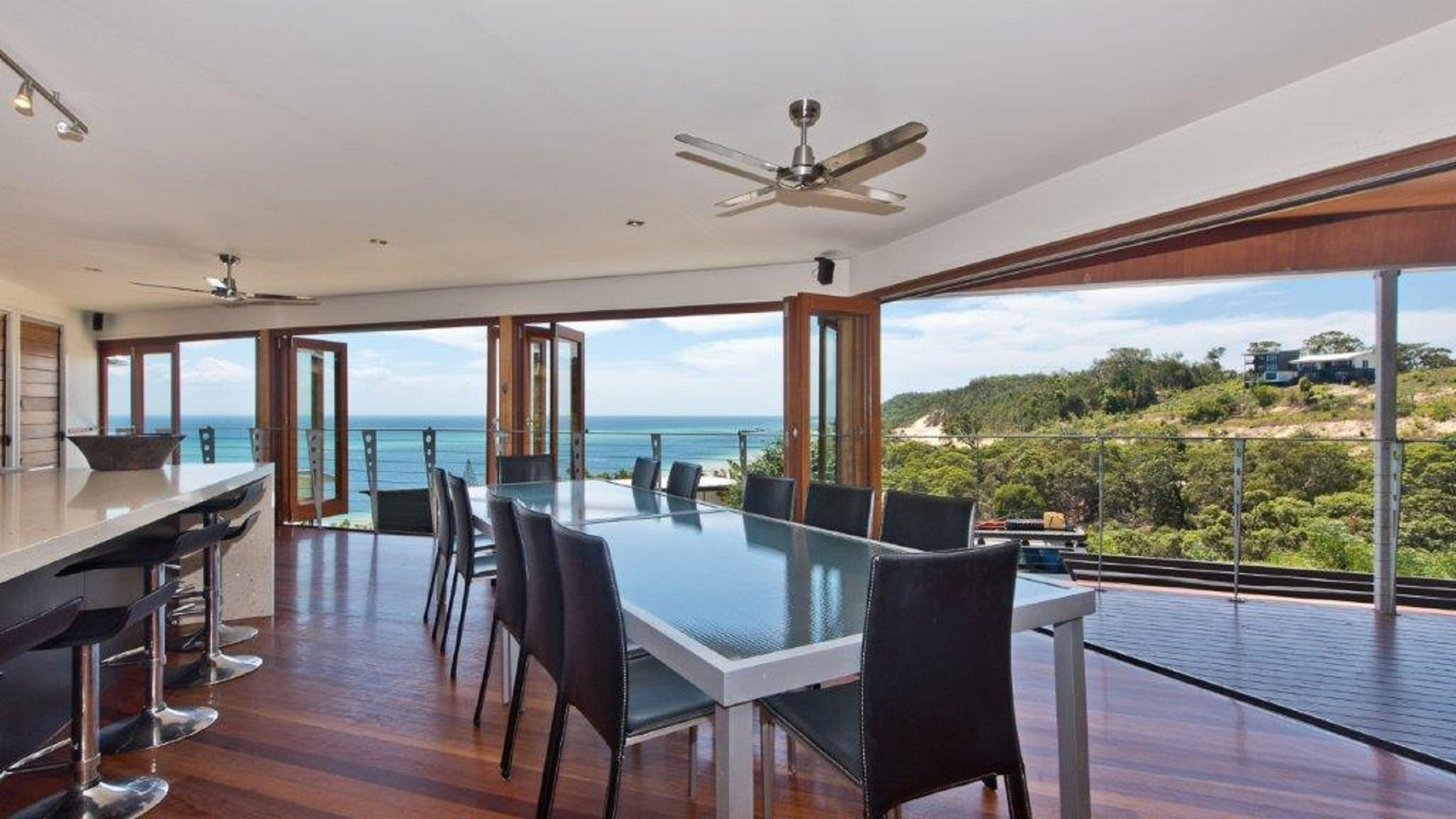 Tangalooma Hilltop Haven - St Kilda Accommodation