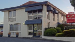 Econo Lodge Hacienda Motel - St Kilda Accommodation