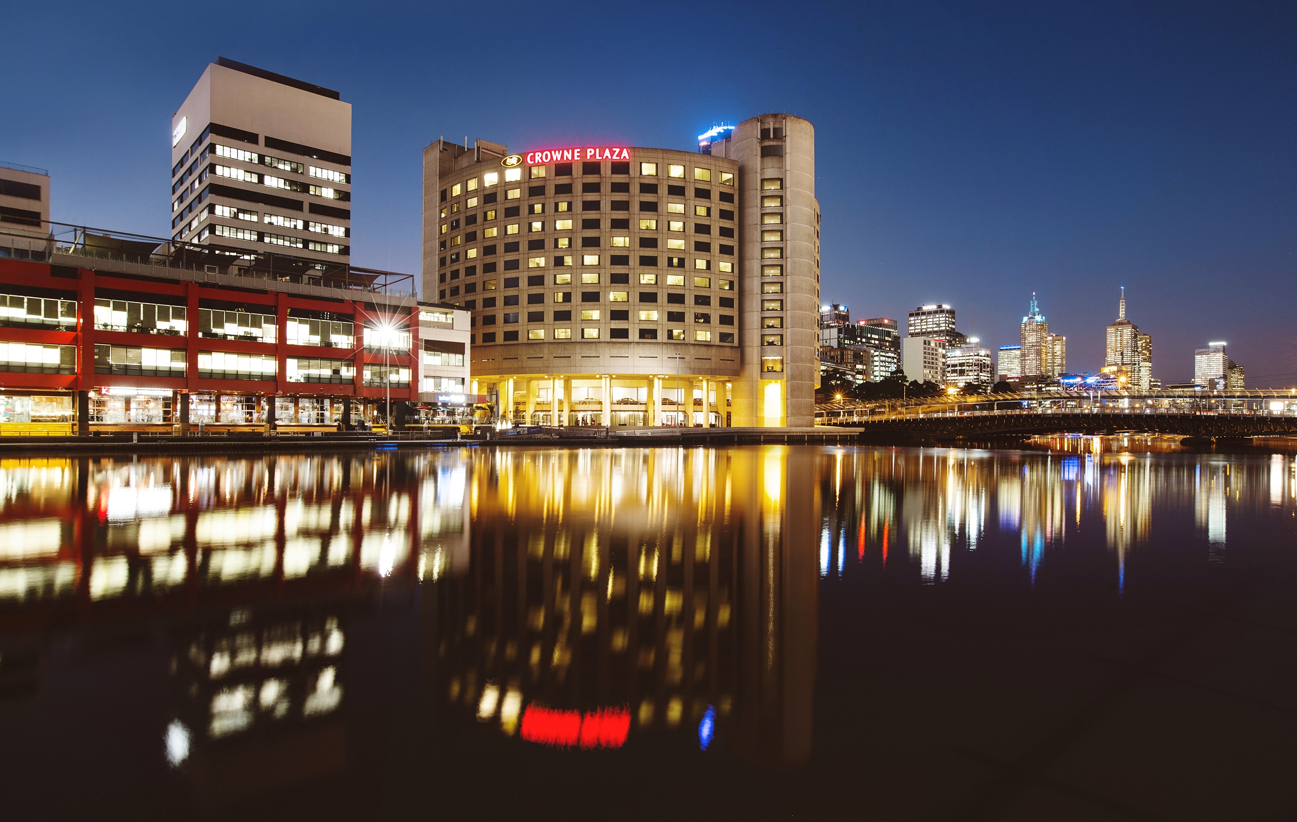 Crowne Plaza Melbourne - St Kilda Accommodation
