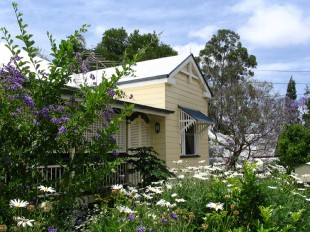Aynsley Bed and Breakfast - St Kilda Accommodation