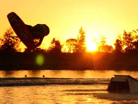 Bonney's WA Water Ski Park - St Kilda Accommodation