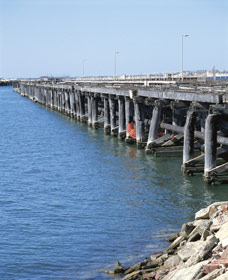 Old Timber Jetty - St Kilda Accommodation