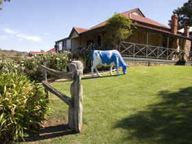 Longview Vineyard - St Kilda Accommodation
