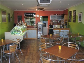 Cafe Lime and Gourmet Foodstore - St Kilda Accommodation