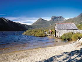 Dove Lake Circuit - St Kilda Accommodation