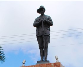 Charters Towers Memorial Cenotaph - St Kilda Accommodation