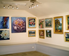 Ros McArthur Art Studio - St Kilda Accommodation