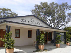Ciavarella Oxley Estate Winery - St Kilda Accommodation