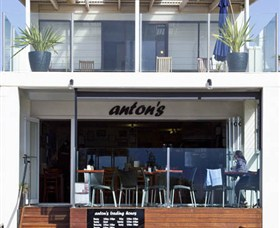 Antons - St Kilda Accommodation