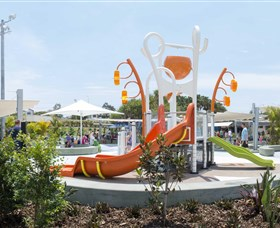 Gladstone Aquatic Centre - St Kilda Accommodation