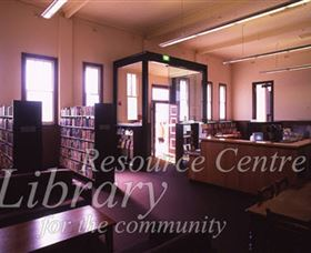 Sir Henry Parkes Memorial School Of Arts Tenterfield - St Kilda Accommodation