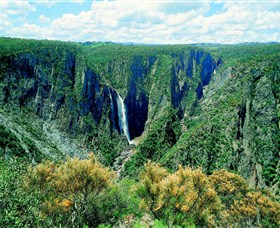 Wollomombi Falls - St Kilda Accommodation