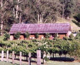 Undercliff Winery and Gallery - St Kilda Accommodation