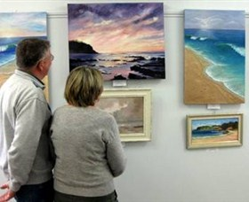 The Millhouse Art Gallery - St Kilda Accommodation